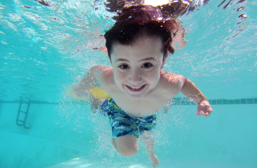 A Few Guidelines to Make Your Swimming Pools and Spas Safe for Kids